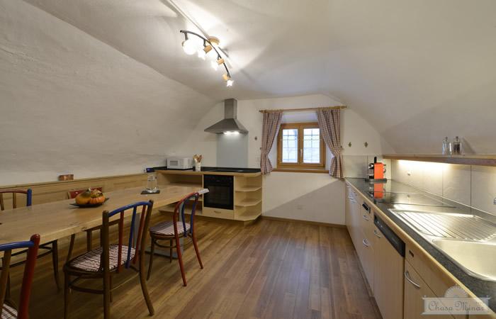 Küche, Ferienwohnung Chasa Minar, Scuol